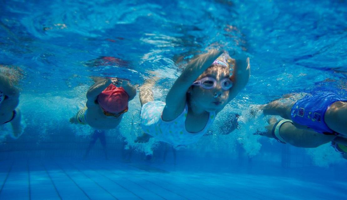 Фитнес - клуб с детским бассейном
