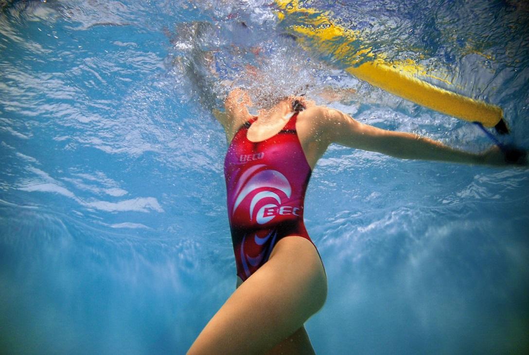 Фитнес тренировки в бассейне