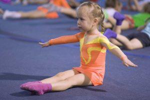 Спортивная гимнастика для малышей