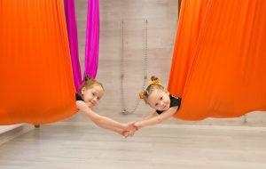 Флай йога для детей